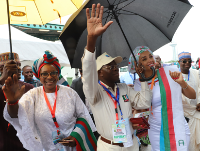 National Chairman, APC, Comrade Adams Oshiomhole flanked by his wife, Mrs. Oshiomhole (r) and Former