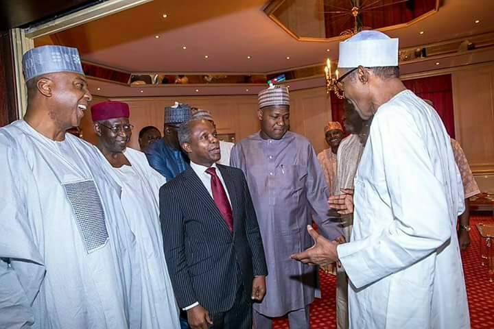 Buhari and National Assembly members during the meeting