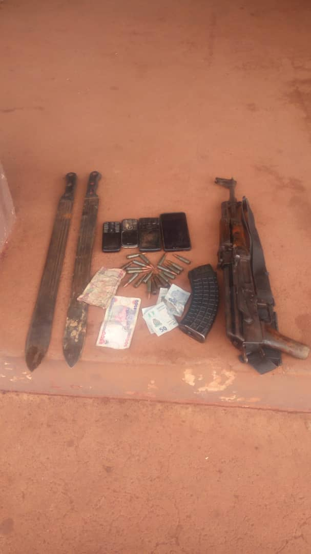 Police rescue three kidnap victims, kill one suspect, arrest another