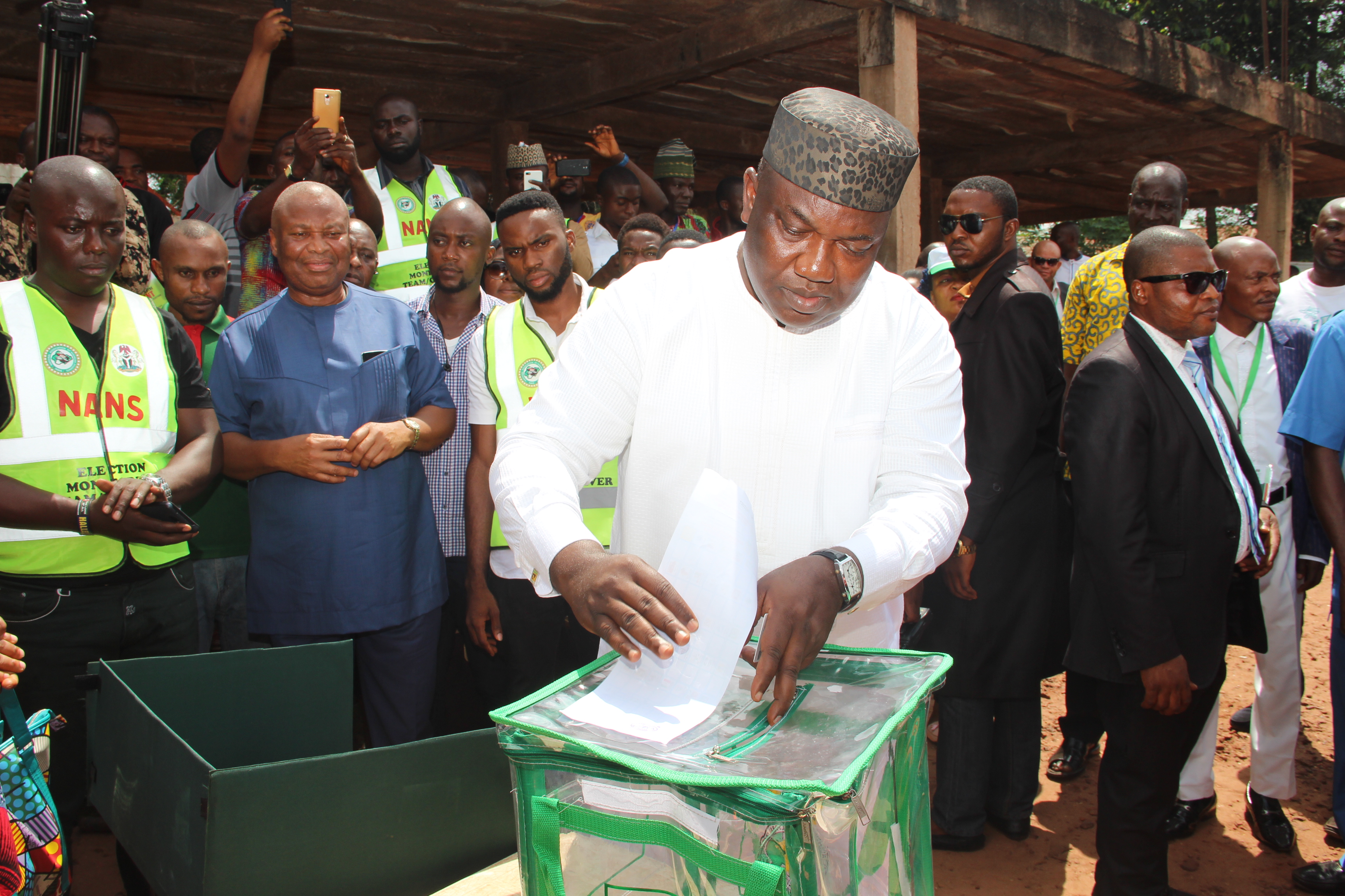 Gov. Ifeanyi Ugwuanyi of Enugu State voting at his Amube Ohom Ward 2 polling station in Orba, Udenu